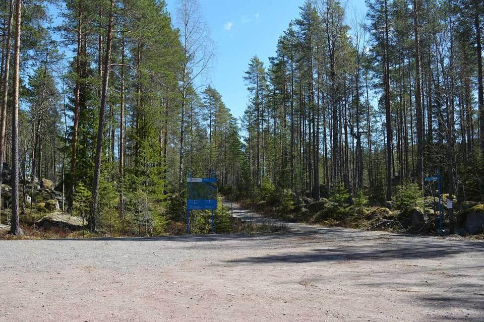 Jäppilän kivikurun parkkipaikka
