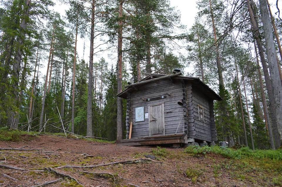Riihitupa on Syötteen kansallispuiston Pytkyn pyrähdyksen taukotupa