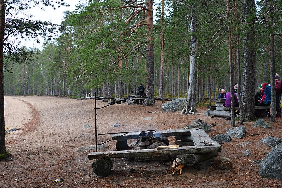 Venäjänhiekan nuotiopaikka lokakuussa.