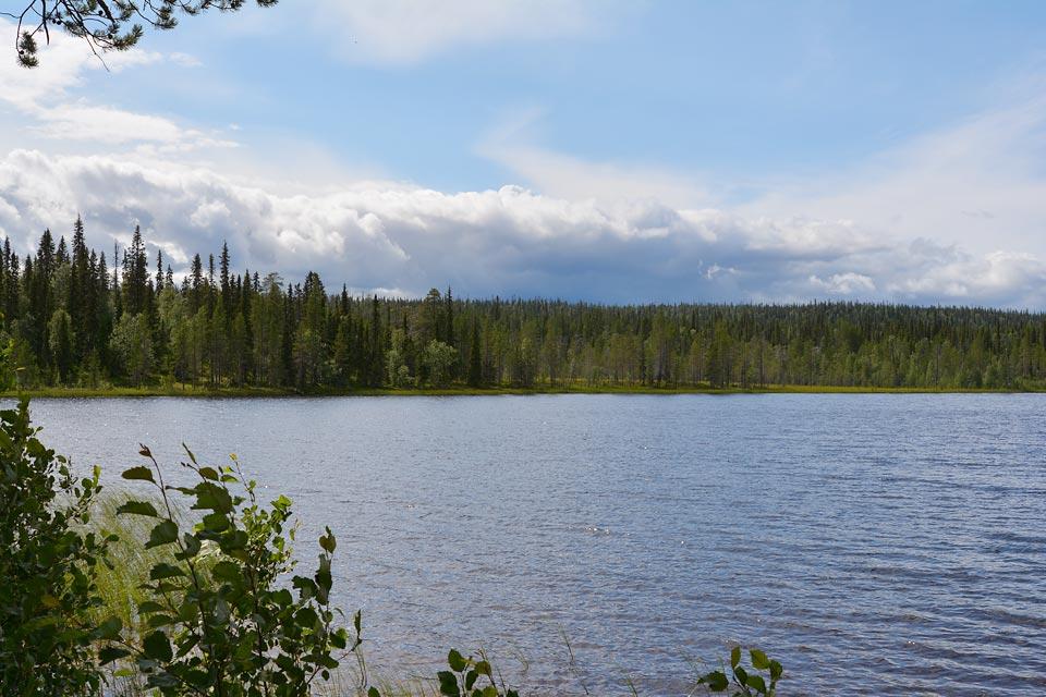 Hangasjärvi.